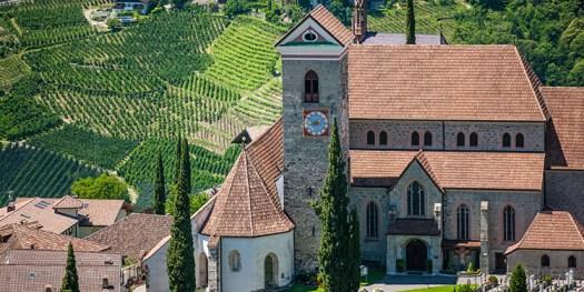 Attractions in Schenna near Merano - New Parish Church