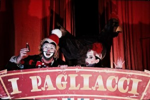 stage-christos-kechris-arlecchino-beppe-peppe-pagliacci-leoncavallo-greek-national-opera-opera