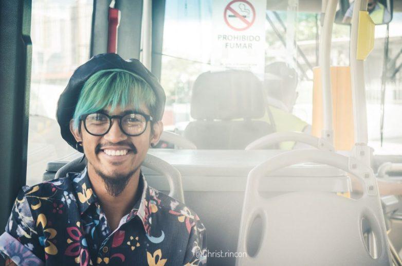 Christophe rincon sesion fotos para artistas panama retrato humoristico metrobus panama retrato portrait proyecto fotografico
