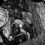 Guillaume Pitron livre sa guerre aux métaux rares (Supply Chains): Explosion des besoin en Cobalt pour les batteries lithium-ion utilisées dans les véhicules électriques et esclavage en République Démocratique du Congo qui produit 50% du Cobalt