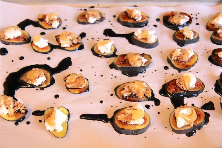 Warm Figs with Goat Cheese and Balsamic Glaze - vegetarian gluten-free appetizer by Christy Brissette media dietitian 80 Twenty Nutrition