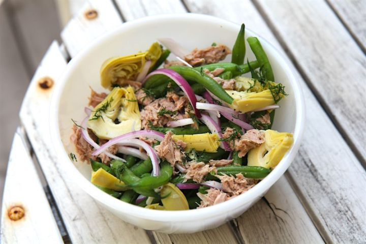 Green Bean Salad with Tuna and Artichoke Hearts - paleo, keto, low-carb, primal, gluten-free, whole30 - recipe by Christy Brissette media dietitian 80 Twenty Nutrition Toronto