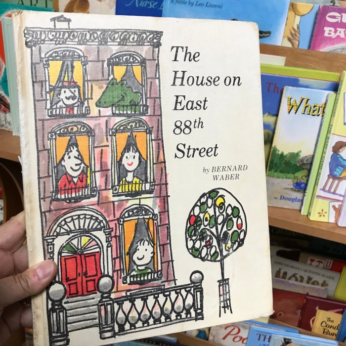 The House on East 88th Street by Bernard Waber (WildmooBooks.com)