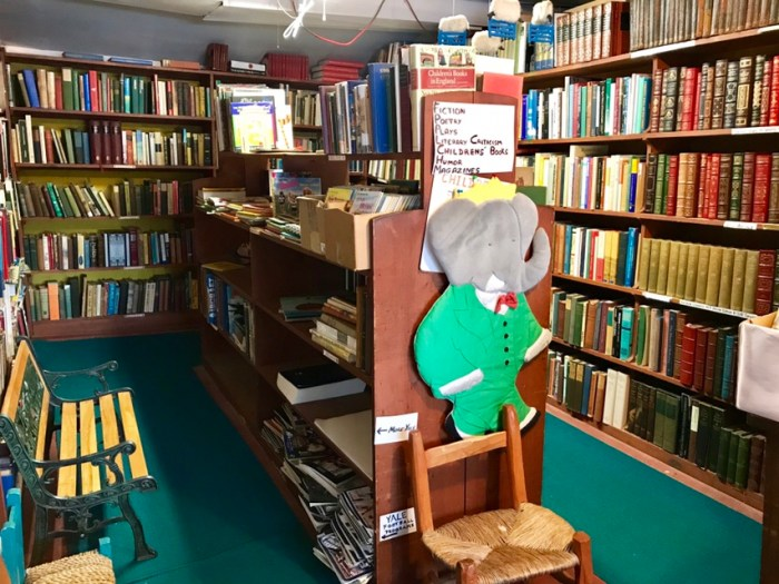 Whitlock's Book Barn, January 2018 (WildmooBooks.com)