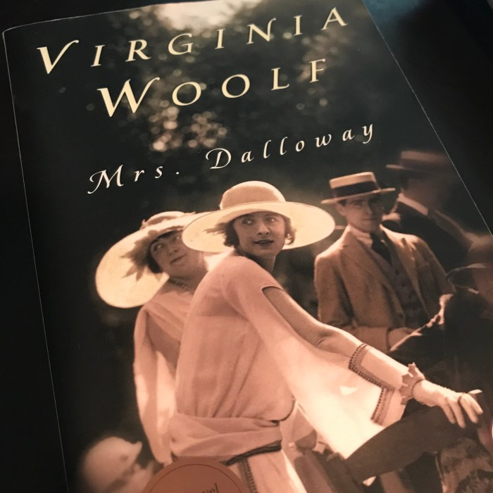 Mrs Dalloway #CCSpin 18 WildmooBooks.com
