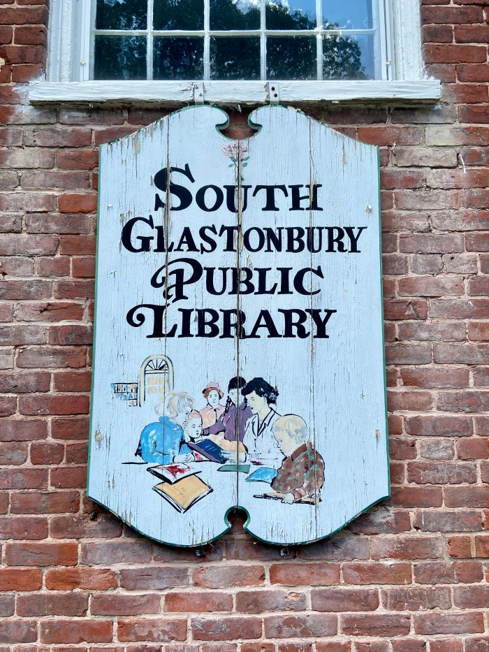 Hand-painted sign South Glastonbury Public Library (chriswolak.com)