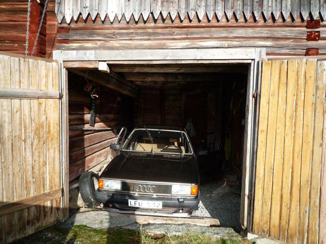 Daniel's Audi by Lo Snöfall