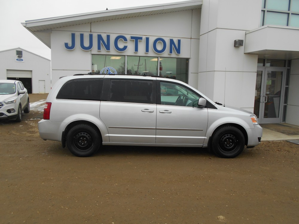 medium resolution of 2010 dodge grand caravan wagon sxt