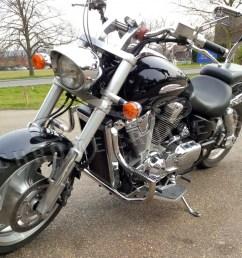 honda vtx1800 custom shadow engine crash bar guard with built in highway pegs [ 1000 x 984 Pixel ]