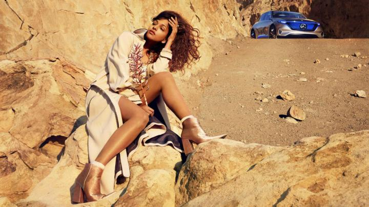 08-mercedes-benz-fashion-story-2017-mia-2560x1440px-1280x720