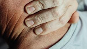 Ordinary Touches Multiply Into Severe Pain For Fibromyalgia Patients