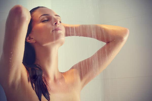 lukewarm showers for chronic pain