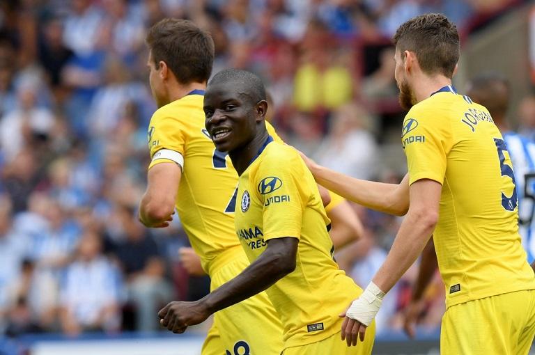 N'Golo Kante scored Chelsea's first goal as the Blues beat Huddersfield 3-0