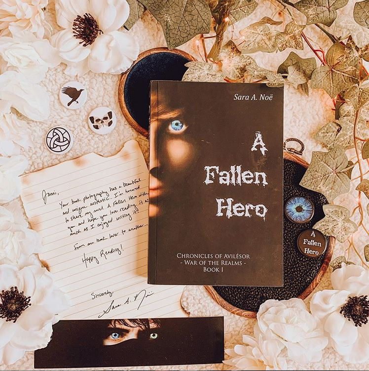 A Fallen Hero #bookstagram by @theladysparks