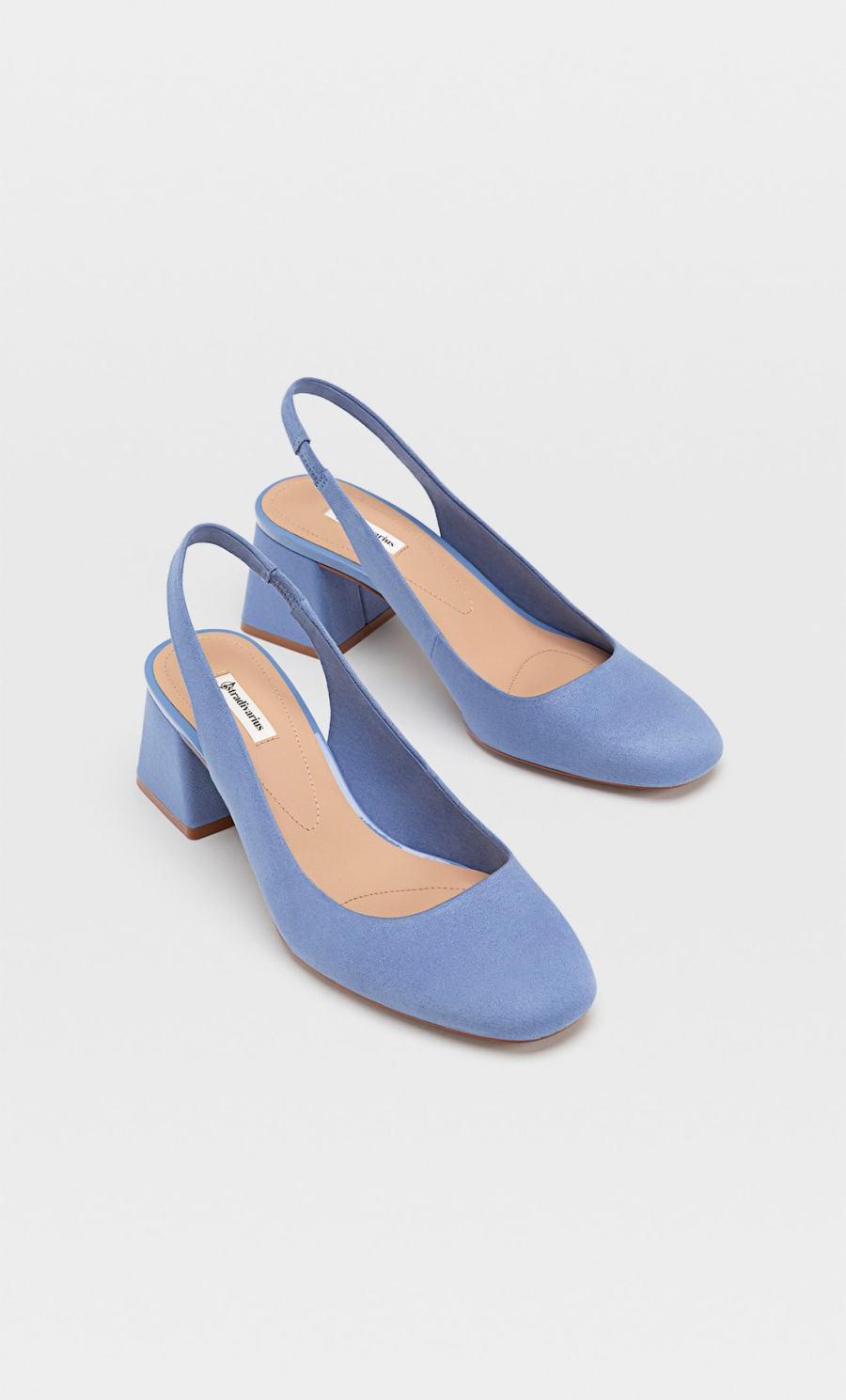sandales bleues à brides