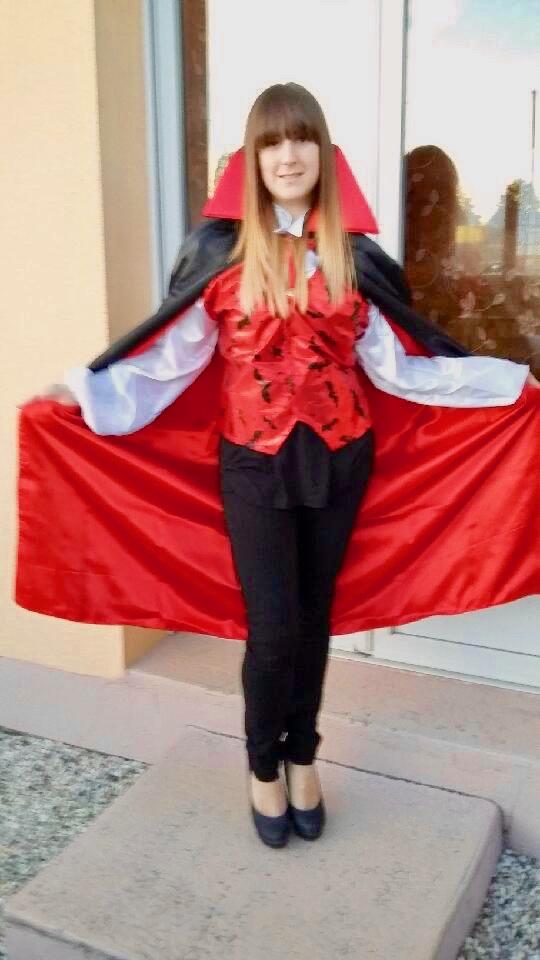 costume-halloween-vampire