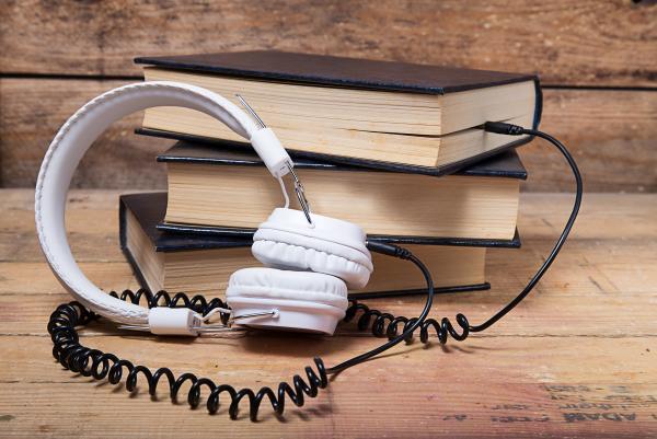 livre-audio-casque