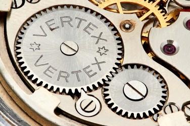 VERTEX, détail du mouvement Revue Thommen cal. 59.