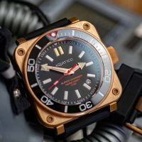 Quadratisch, praktisch, gut? Aquatico Watch Super Charger Dive 1000 Bronze mit Tritium (H3) im Test
