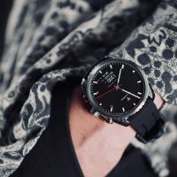 Mechanische  Hybrid-Smartwatch mit Pulsmesser: Leitners Ad Maiora