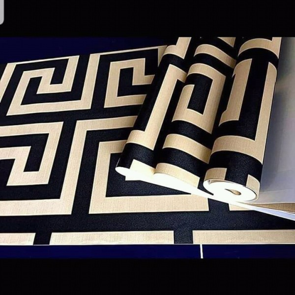 Cream and Black Patterned Wallpaper