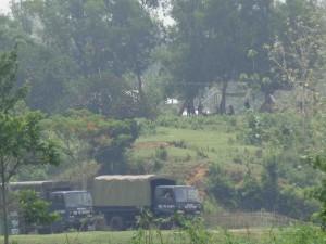 অবৈধ ও জোরপূর্বক জায়গা বেদখলের পর বাবুছড়া এলাকায় এভাবে অবস্থান নিয়েছে বিজিবি সদস্যরা