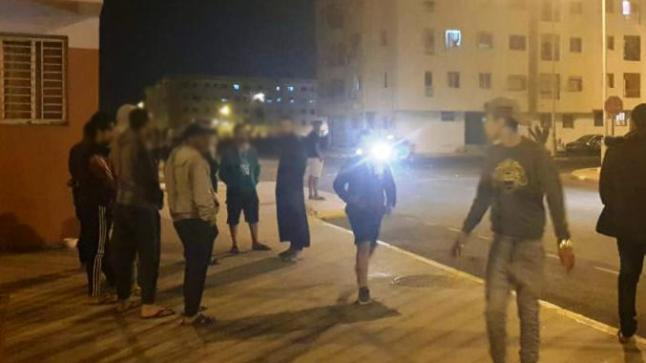 """أكادير: """"البوليس هاهو والسلطة المحلية فينا هي"""" تتساءل ساكنة أحياء تشهد خرق علني لحالة الطوارئ مباشرة بعد الإفطار"""