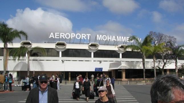 توقيف مواطن فرنسي من أصل جزائري بمطار محمد الخامس للاشتباه في تمويل الإرهاب..