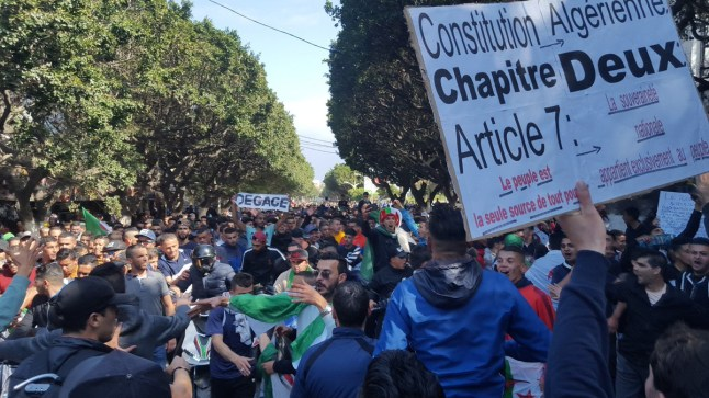 الجزائر: اعتقال 195 شخصا إثر مسيرات الجمعة المناهضة لترشح بوتفليقة