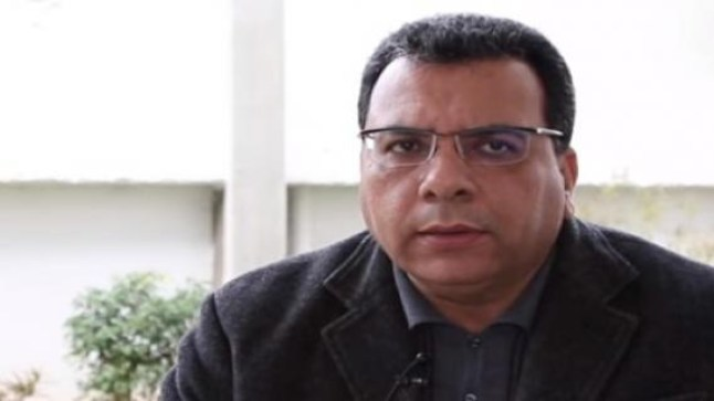 """عبد الرحيم المنار اسليمي: """"السيناريو المصري يتم استنساخه بالجزائر""""!"""