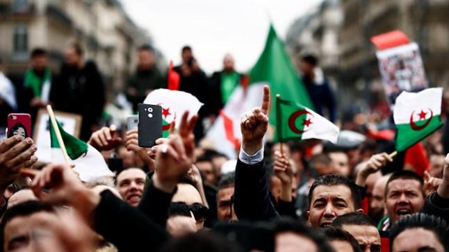 الجزائريون يستعدون للخروج في مليونية.. والرئيس المؤقت يتمسك برئاسيات 4 يوليوز!