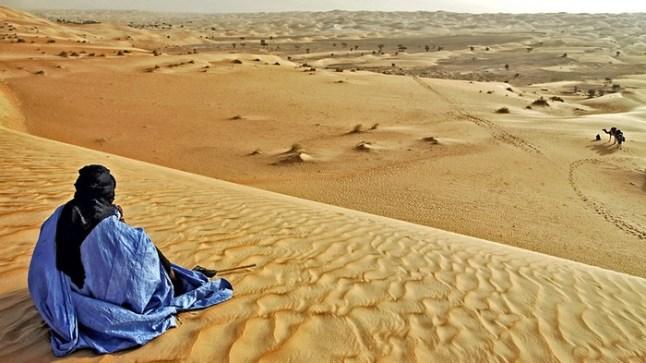 العيون تحتضن النسخة الأولى من مهرجانالقصيدة البدوية الحسانية
