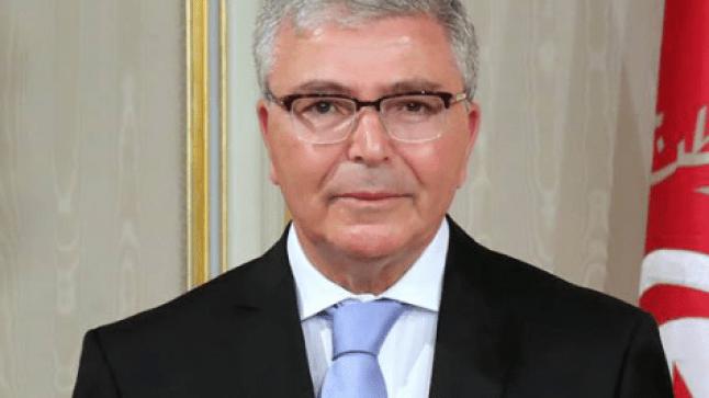 وزير الدفاع التونسي يقدم ترشيحه للإنتخابات الرئاسية التونسية