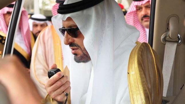 أمراء الخليج يتوافدون على مدن الجنوب.. ومستشار ملك السعودية يحل بالعيون!