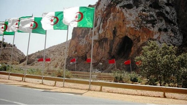 الجزائر تبني عشرات القواعد العسكرية في حدودها مع المغرب