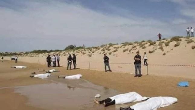 شاطئ طرفاية يلفظ 7 جثث أفارقة و السلطات تضع 40 مرشحا للهجرة السرية في العزل الصحي!