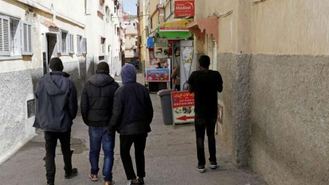 هيئات مدنية تدعو لتوفير لقاح كورونا مجانا للمهاجرين غير النظاميين بالمغرب