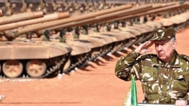 الجزائر تطلق مناورات عسكرية بالذخيرة الحية والنسخة الأحدث من صاروخ كورنيت الروسي على الحدود مع المغرب