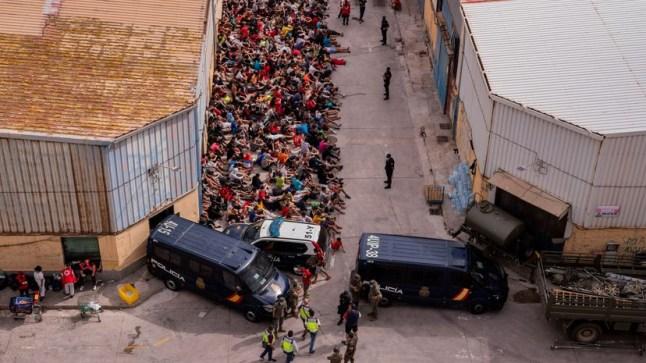 """البرلمان الأوروبي يرفض """"استخدام السلطات المغربية للقاصرين"""" في أزمة الهجرة إلى سبتة"""
