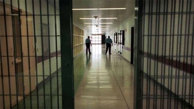 3 سنوات حبسا لموظف اختلس 46 مليونا من مؤسسة بريد بنك