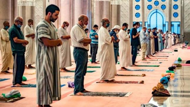حظر التجوال الليلي يحرم المغاربة من أداء صلاة العشاء بالمساجد