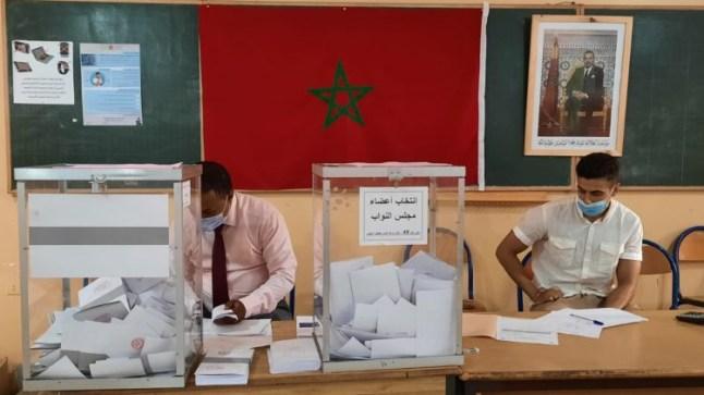 إقبال واسع على التصويت و الداخلية تعلن أن نسبة المشاركة في الإنتخابات إلى حدود منتصف الزوال بلغت 12 %