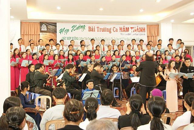 DCCT 17-19/10/2012:   Em – Người con gái của đợi chờ  ---  Đức Cha Nguyễn Năng tham gia phái toàn Tòa Thánh thăm Siria ---  Hội nghị 6 đã thắt cổ đảng CSVN
