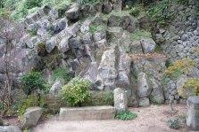 観涛園の俵石