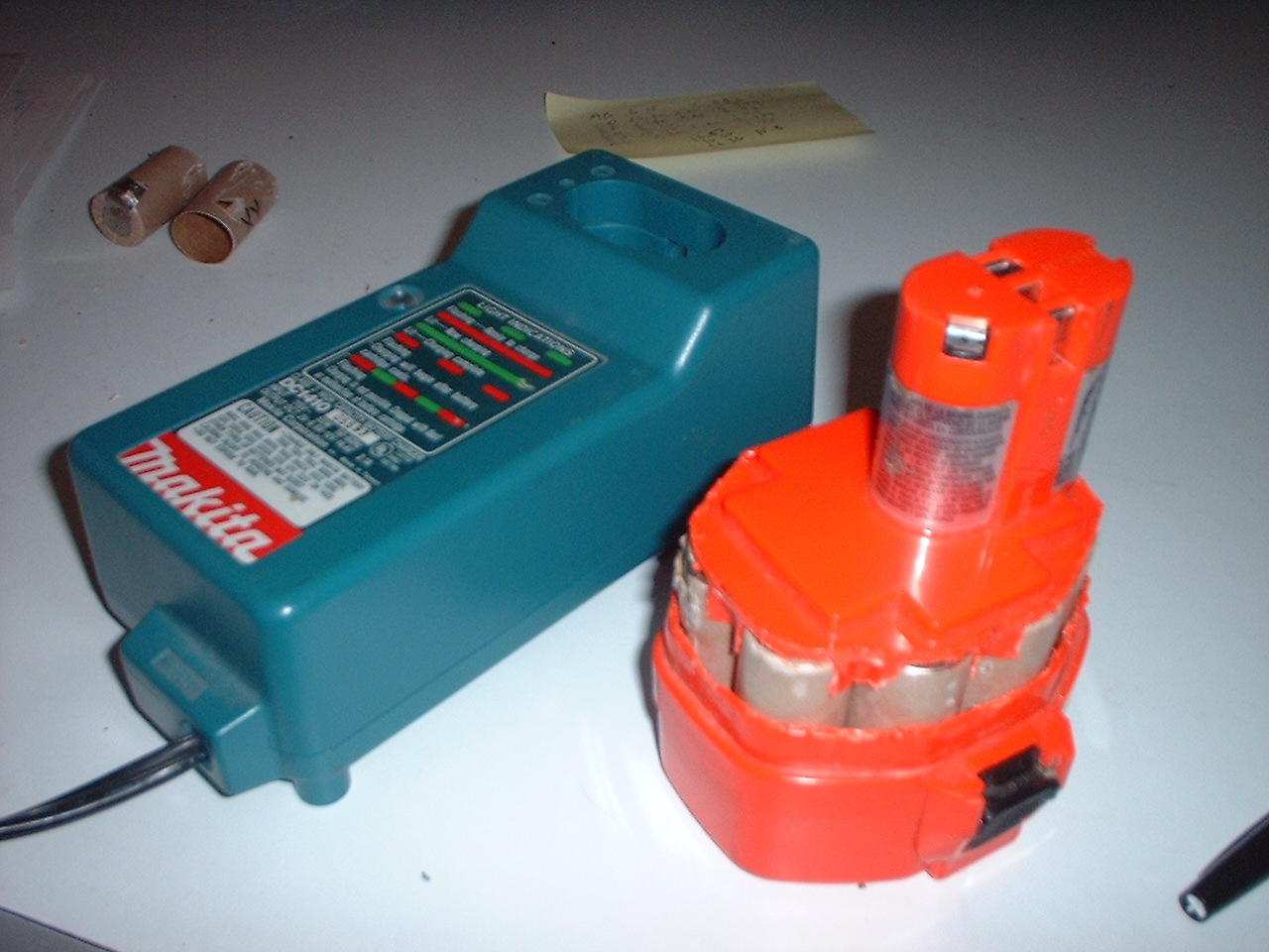 hight resolution of i found that i didn t even need to glue the top back on the rebuilding the makita battery