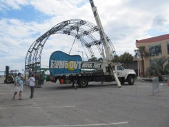 Hangout Music Fest's Guitar is going UP