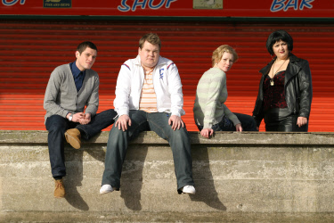 Gavin and Stacey Theme Tune & Cast!