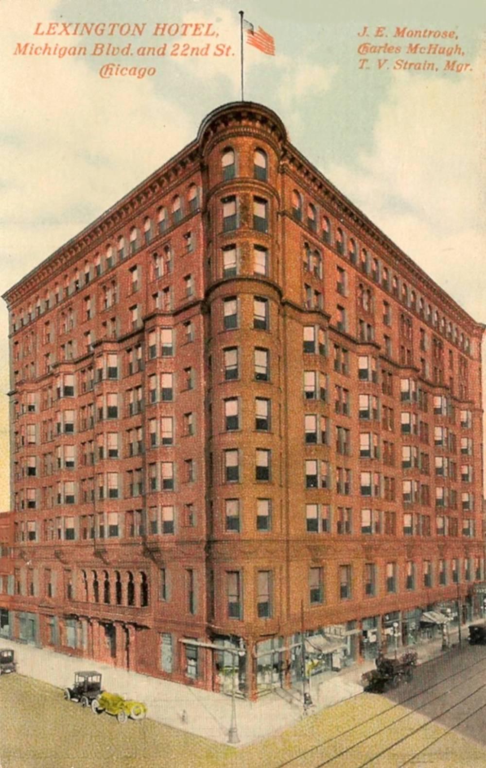 Postcard Chicago Lexington Hotel Michigan Blvd And