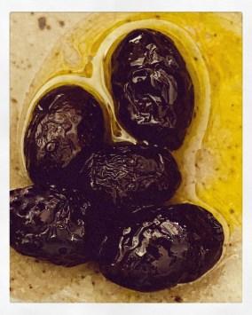 salt-dried-olives1