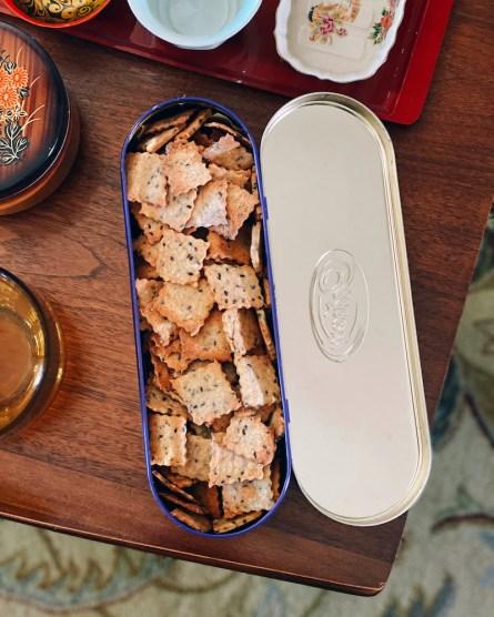 sourdough-crackers1